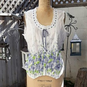 Flowers Ribbon and Lace Top